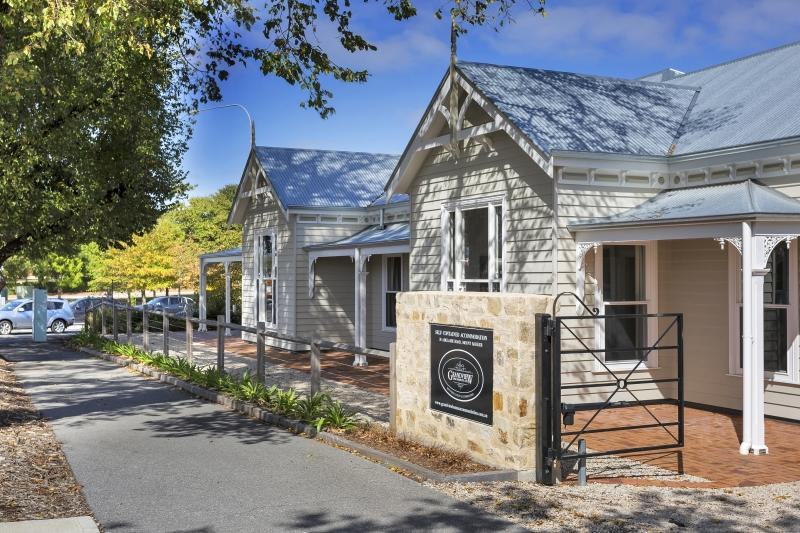 Grandview Homes Accommodation - The Adelaide - Accommodation Search