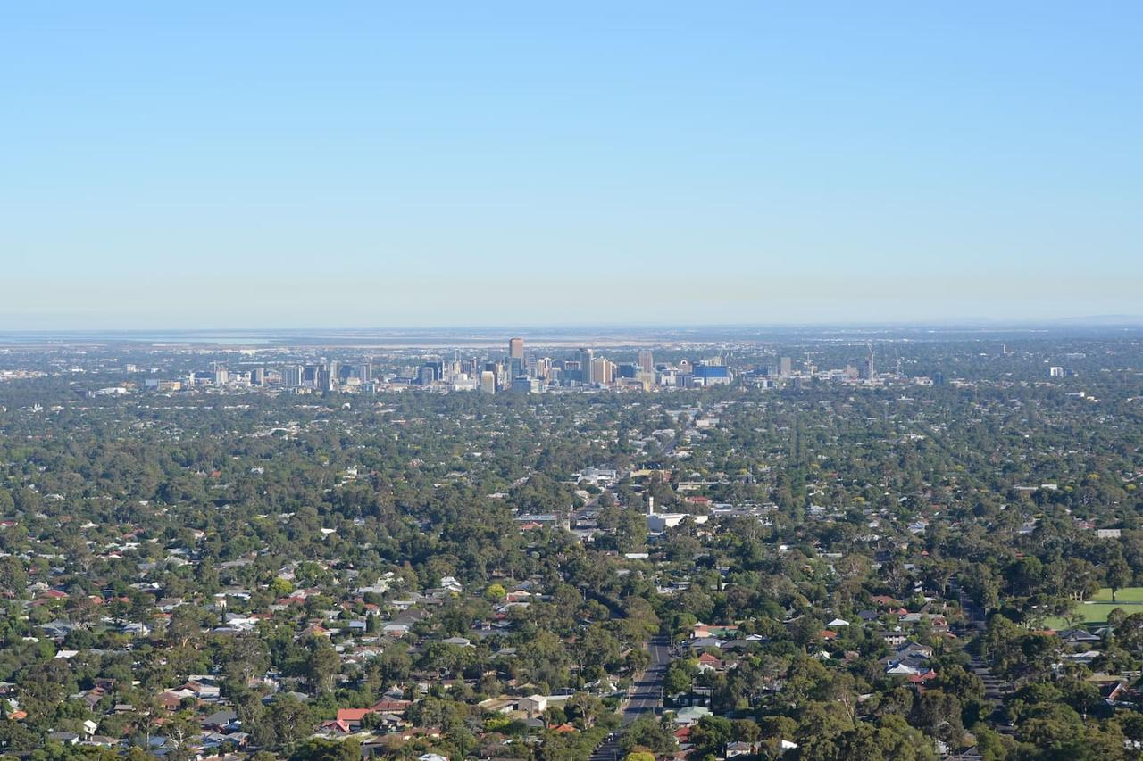 Kingsview Belair, Apartment Grand Views Of Adelaide - Accommodation Search