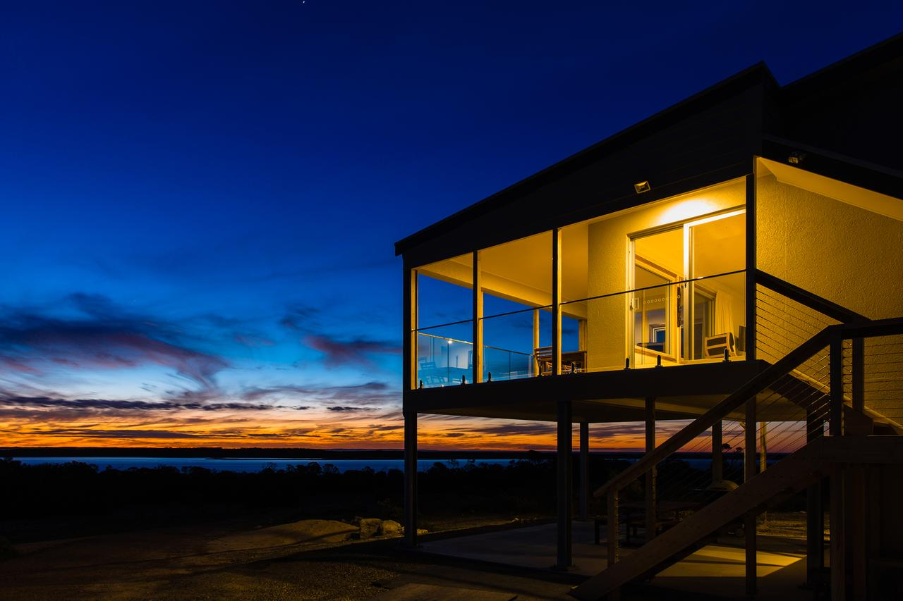 Southern Ocean Lookout - Accommodation Search