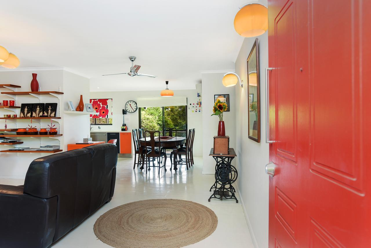 Red Door - Accommodation Search