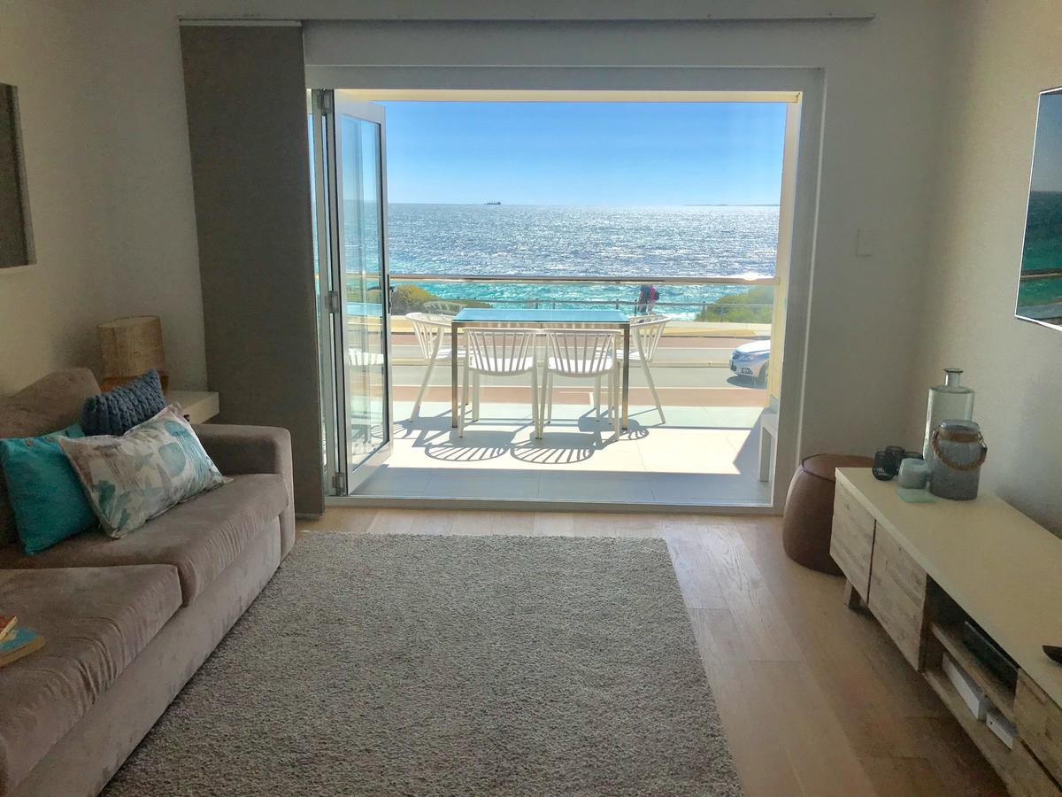 Cottesloe Beachfront Ocean View Apartment - Accommodation Search