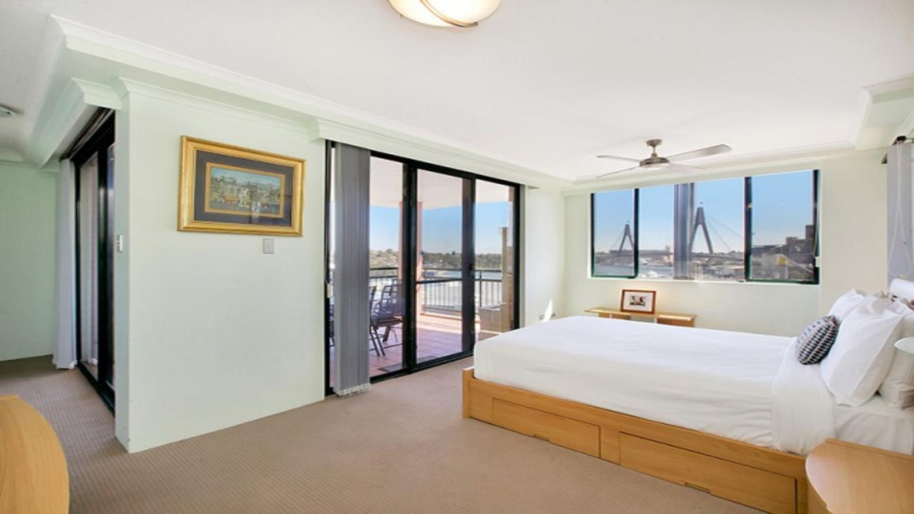 Darling Harbor Apartment - Accommodation Search