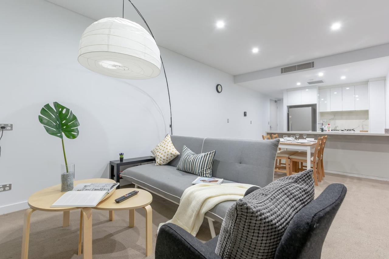 Inner City Stylish apt Walk to Green Square - Accommodation Search