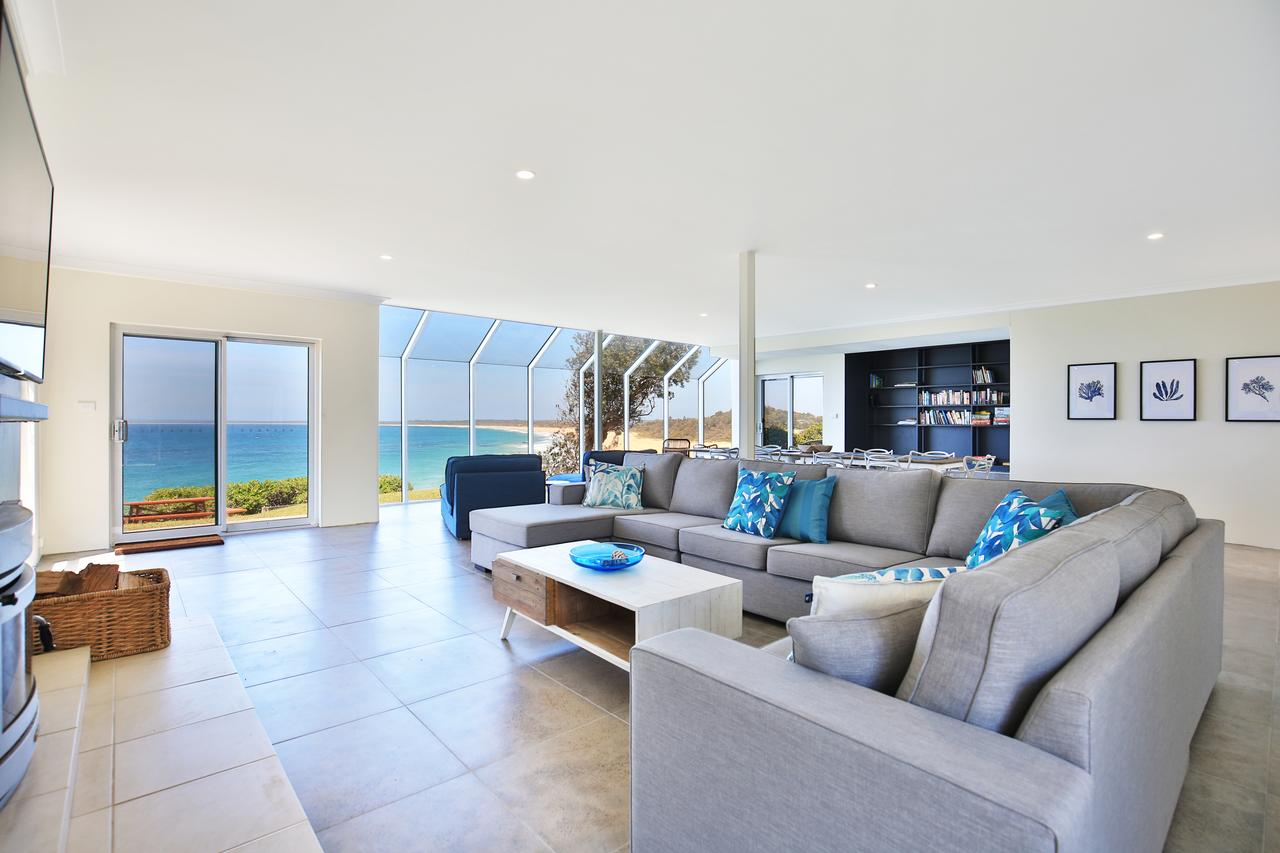 Neptune - Absolute Beachfront - Accommodation Search