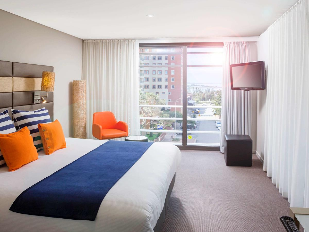 Novotel Newcastle Beach - Accommodation Search