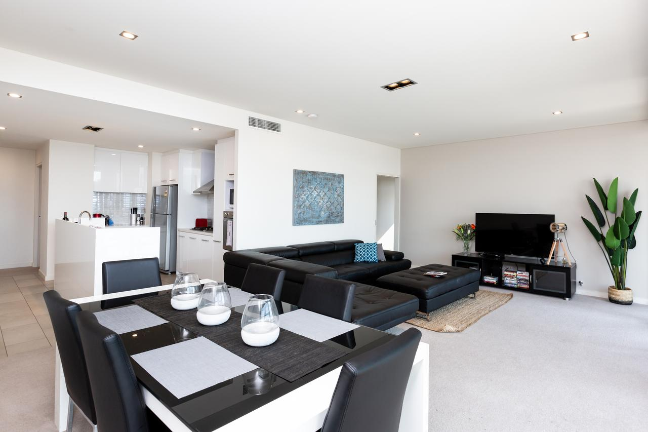 Brand New Executive Apartment - Accommodation Search