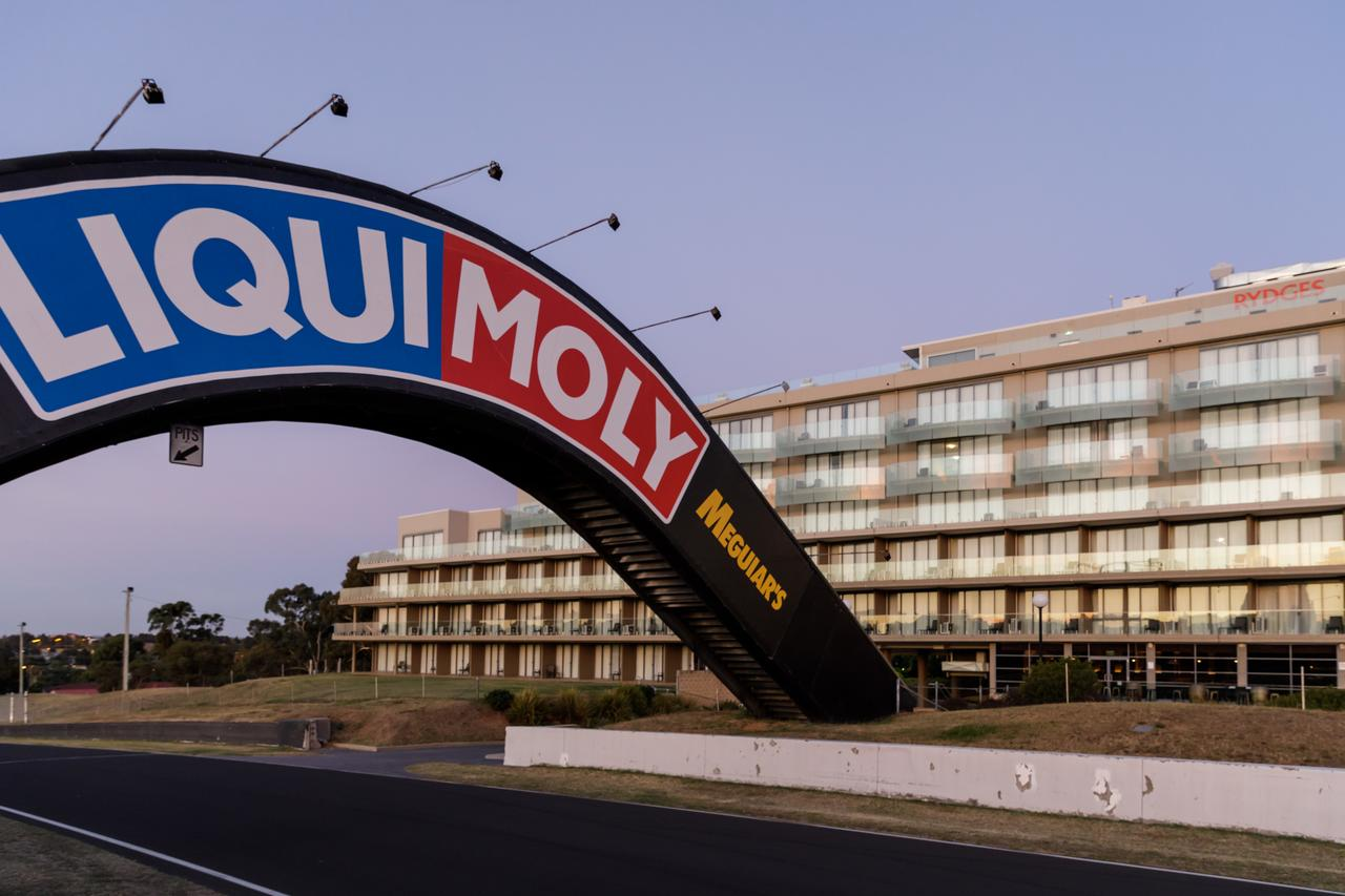 Rydges Mount Panorama Bathurst - Accommodation Search