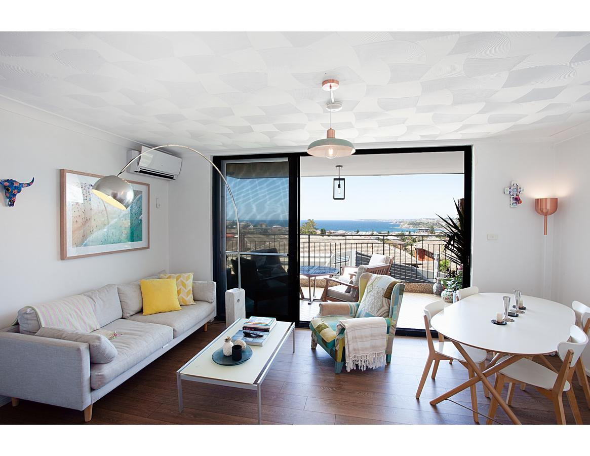 Ocean views and sea breezes over Bondi Beach - Accommodation Search