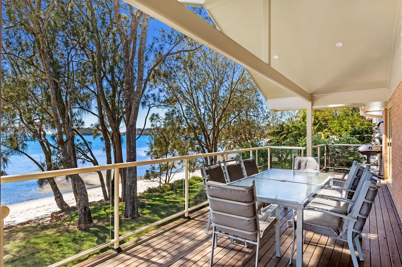 Foreshore Drive 123 Sandranch - Accommodation Search