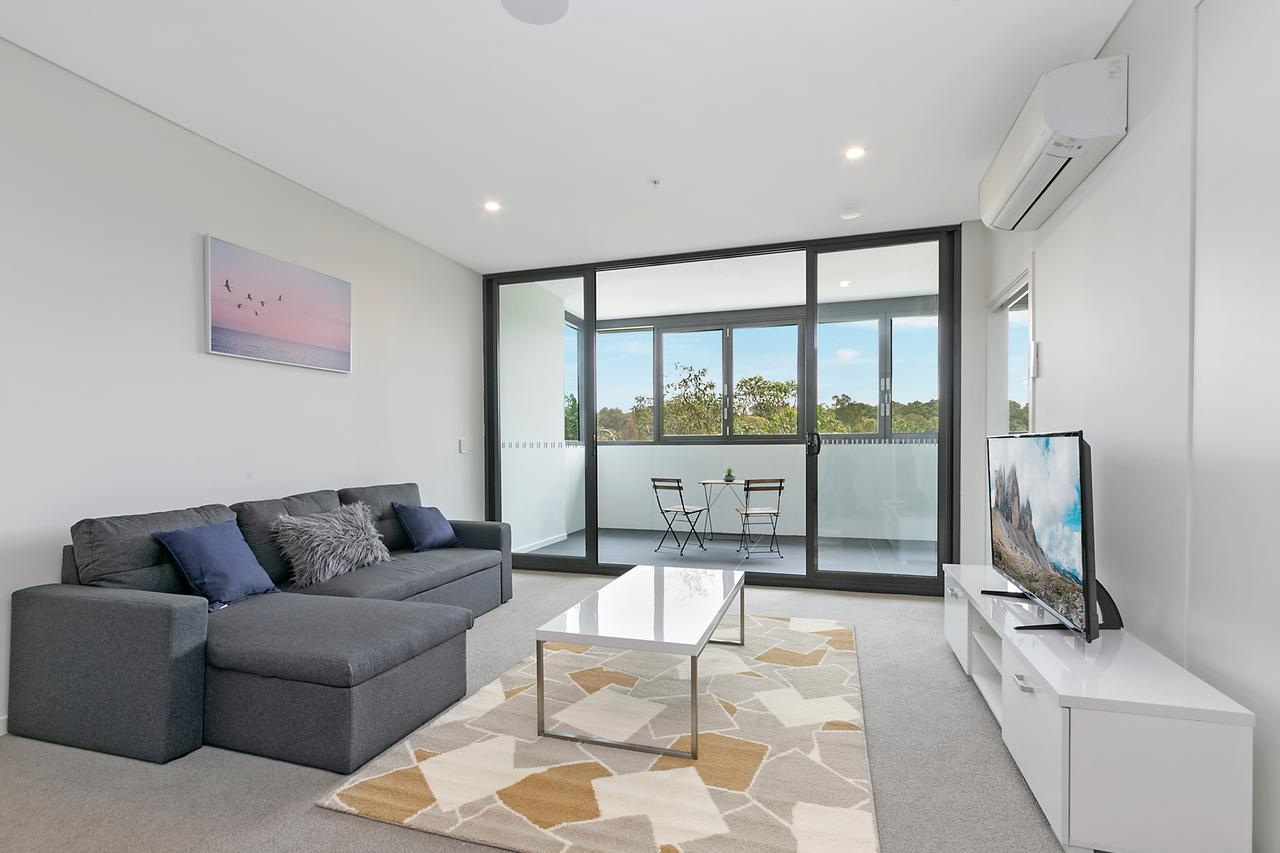 Stylish and Neat two bed apartment in Wentworth Point - Accommodation Search