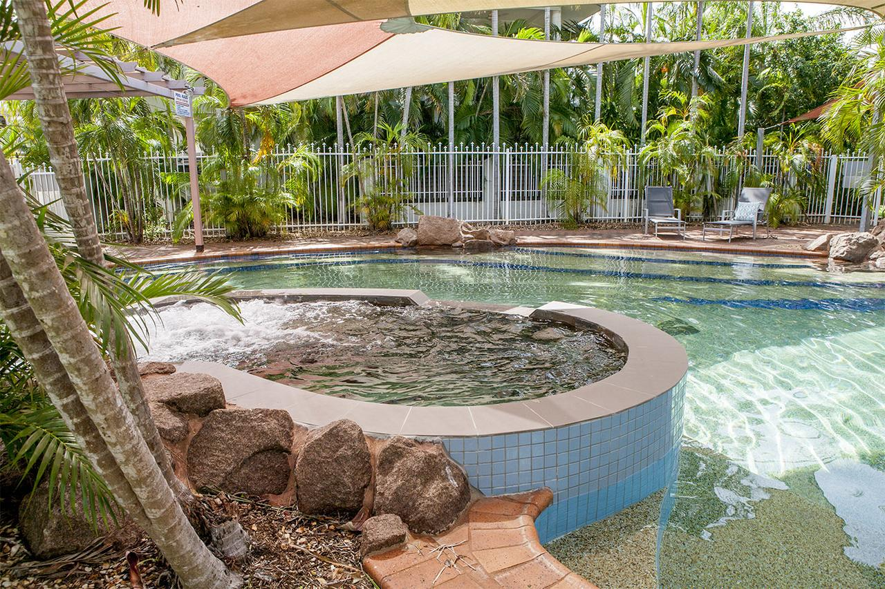 Nightcliff Foreshore Getaway - McKay Gardens - Accommodation Search