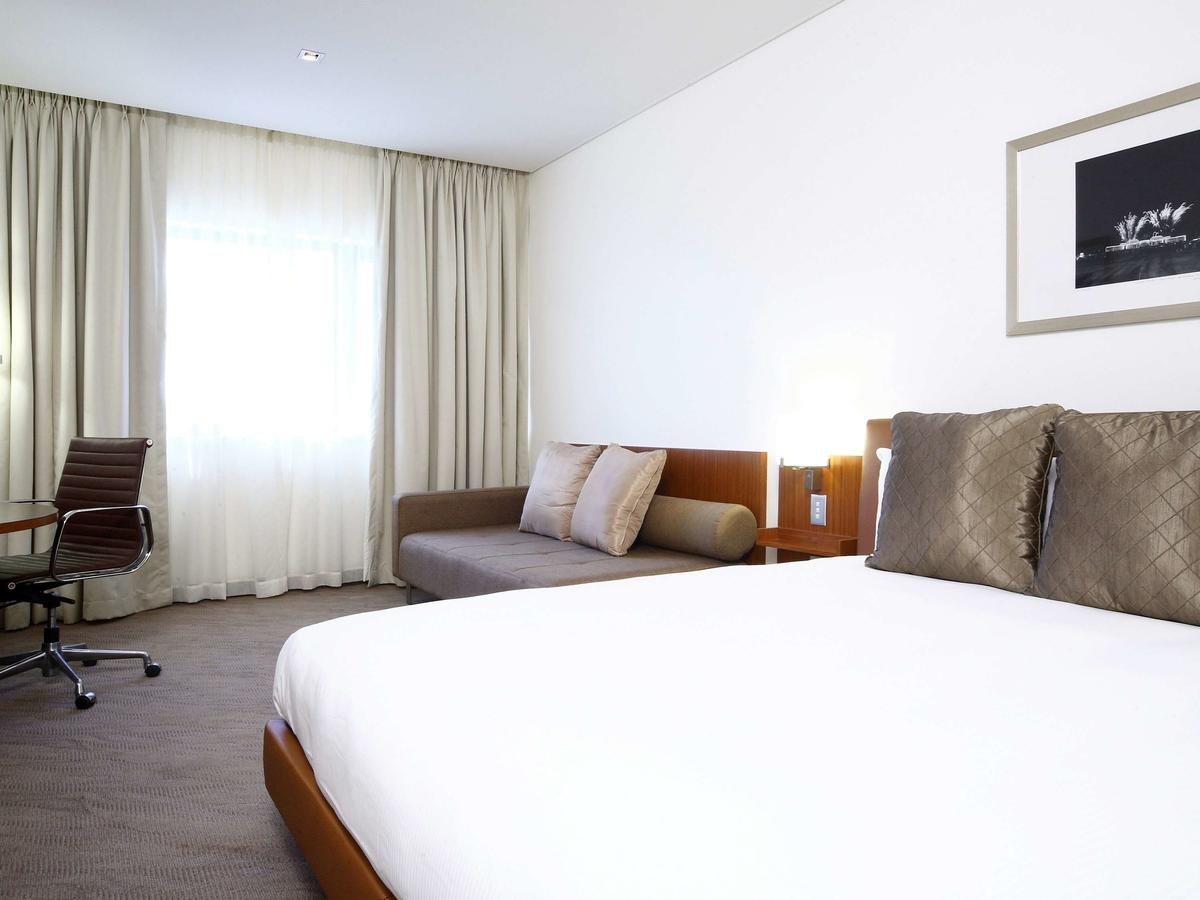 Novotel Canberra - Accommodation Search