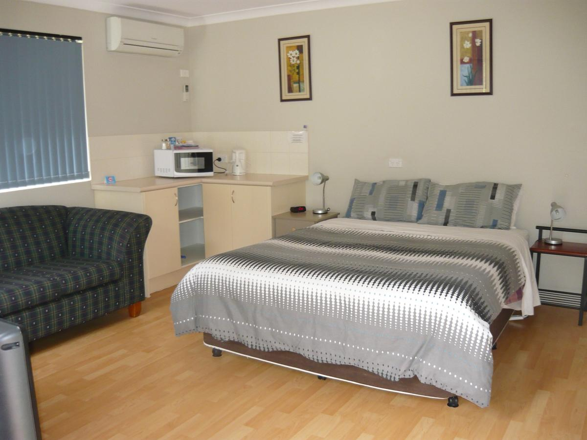 Albany Apartments - Accommodation Search