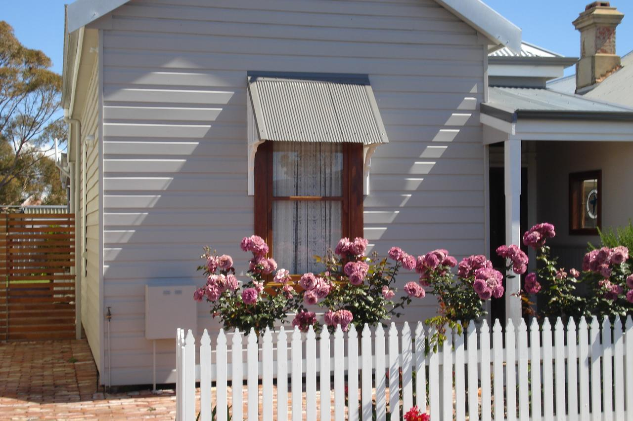 Bluebird Cottage - Accommodation Search