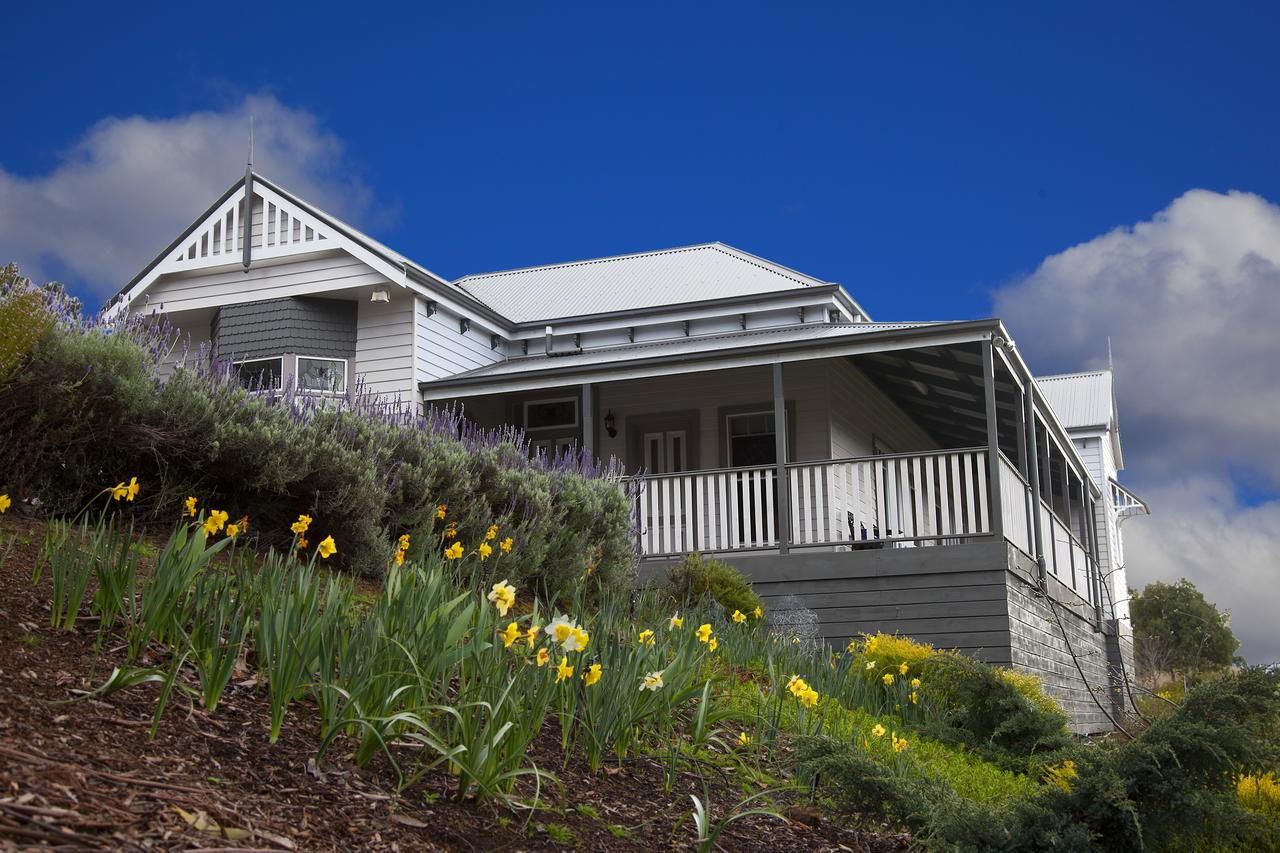 House on the Hill Bed and Breakfast - Accommodation Search
