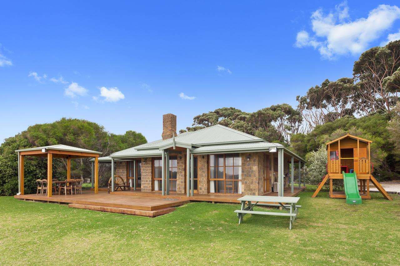 Apollo Bay Cottages - Accommodation Search