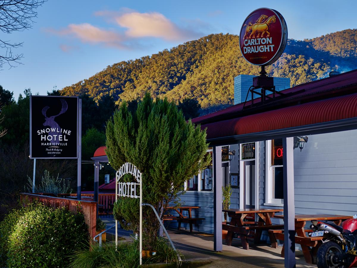 The Harrietville Snowline Hotel - Accommodation Search