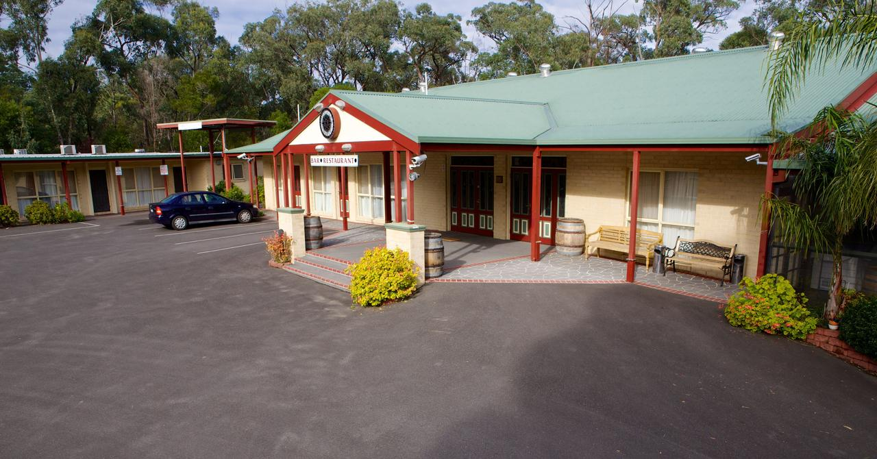 Sanctuary House Resort Motel - Accommodation Search