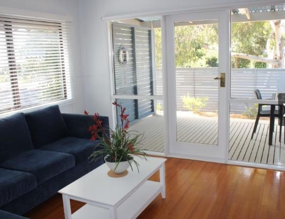 Sea-Esta  Inverloch - Accommodation Search
