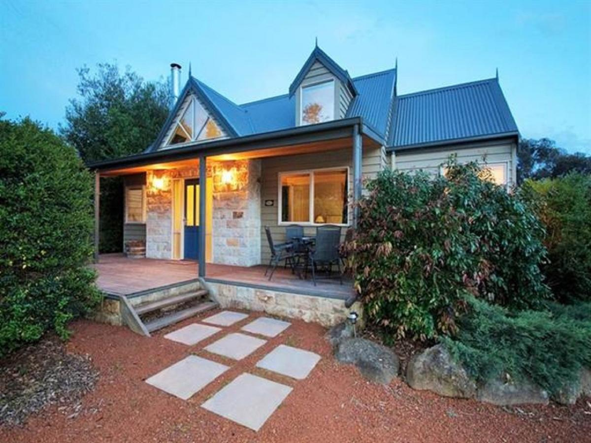 Two Truffles Cottages - Accommodation Search