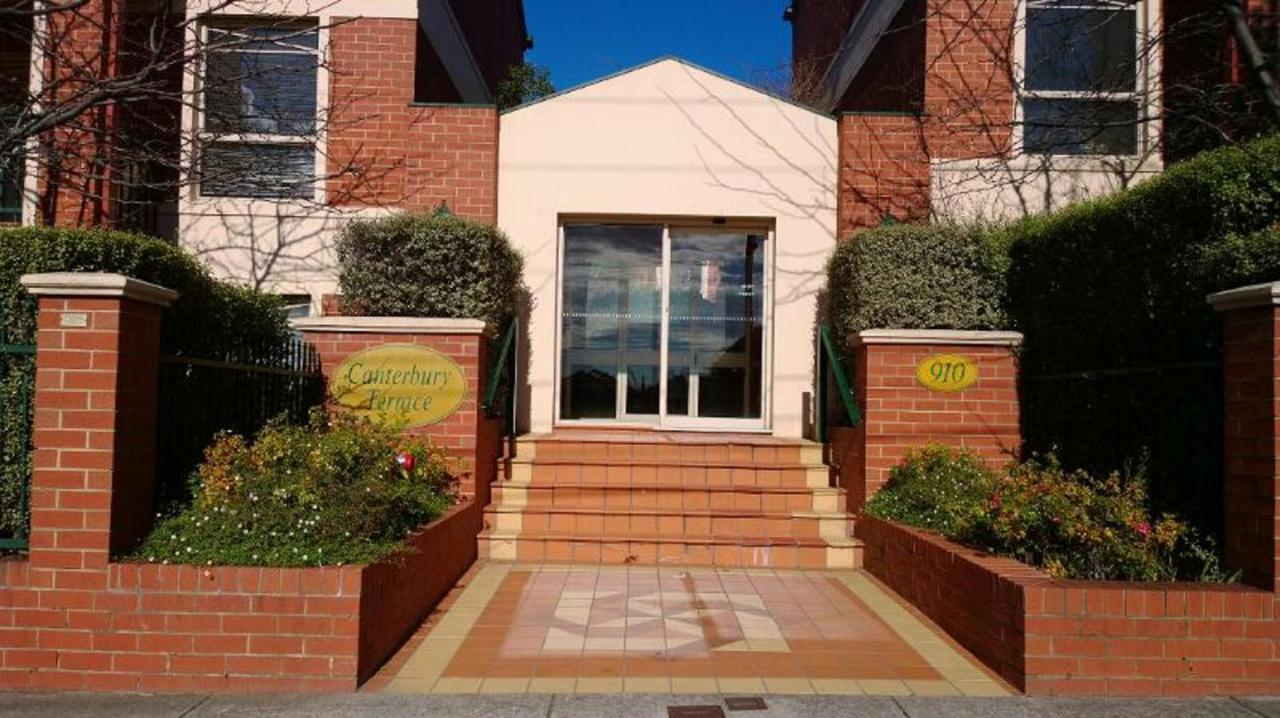 Australian Home Away  Box Hill 2 Bedroom - Accommodation Search