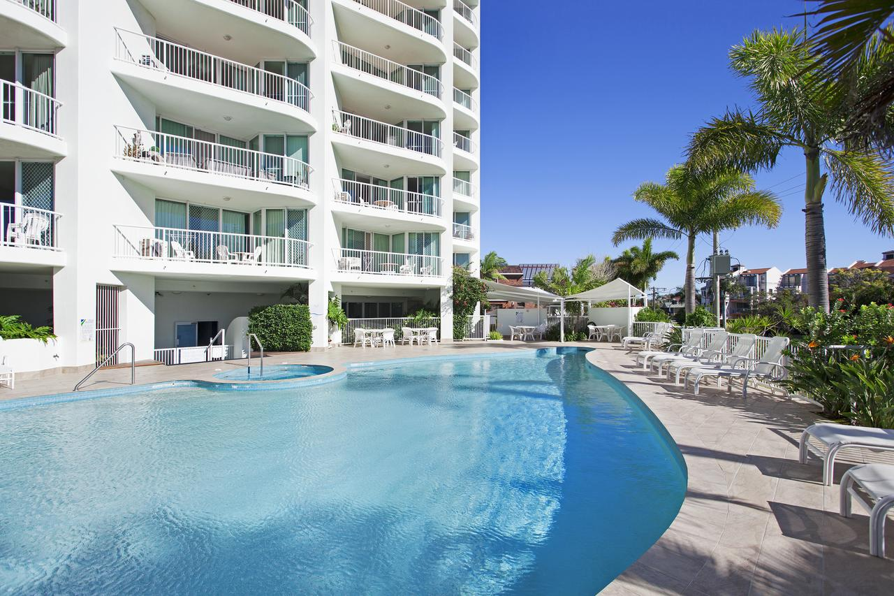 Crystal Bay On The Broadwater - Accommodation Search