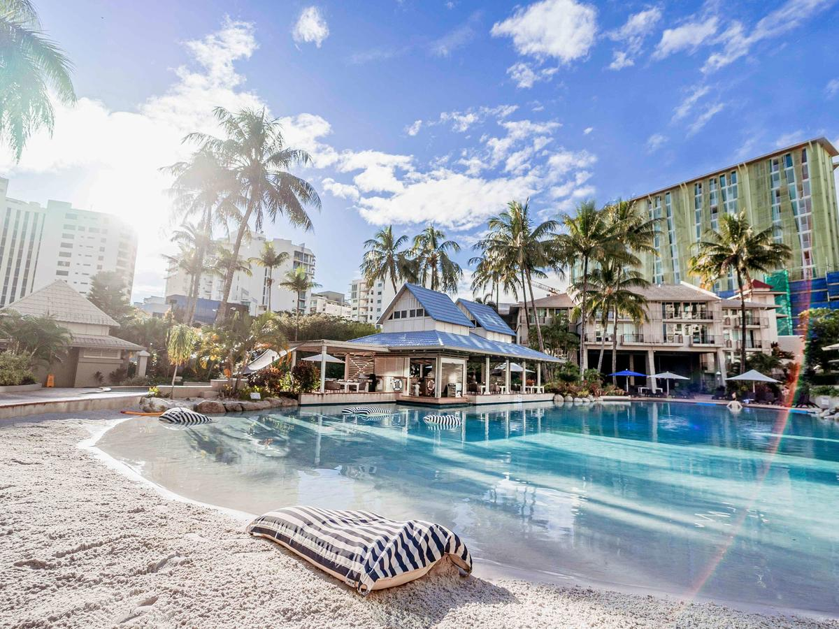 Novotel Cairns Oasis Resort - Accommodation Search
