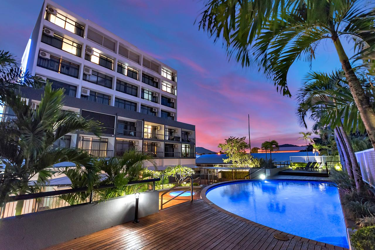 Sunshine Tower Hotel - Accommodation Search