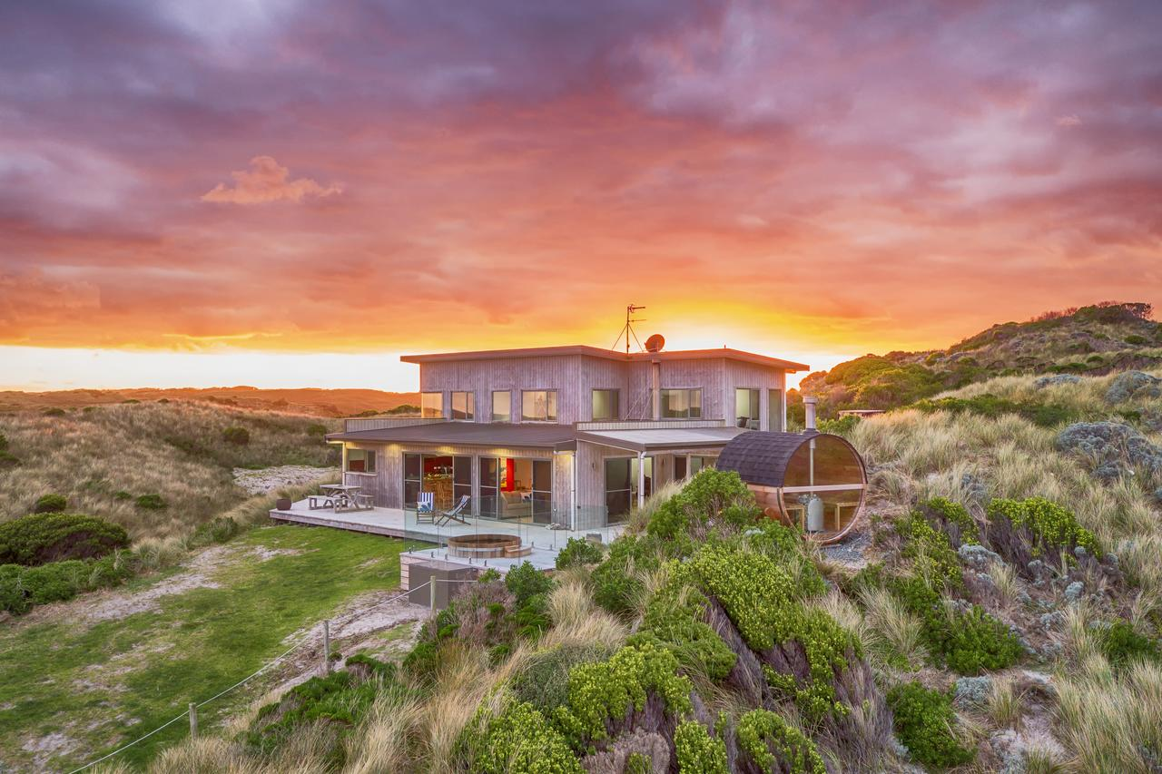 Porky Beach Retreat - King Island Escapes - Accommodation Search